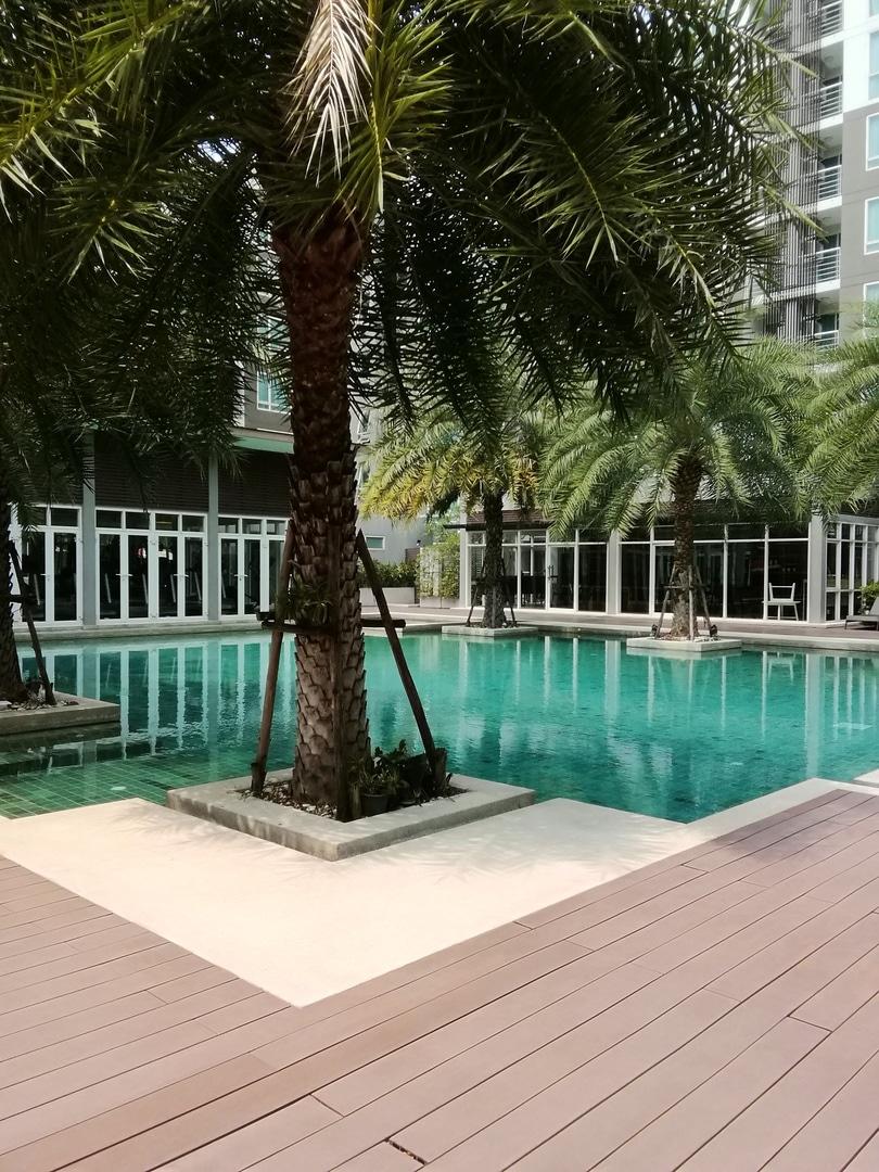 saltwater pool deck material, saltwater pool deck